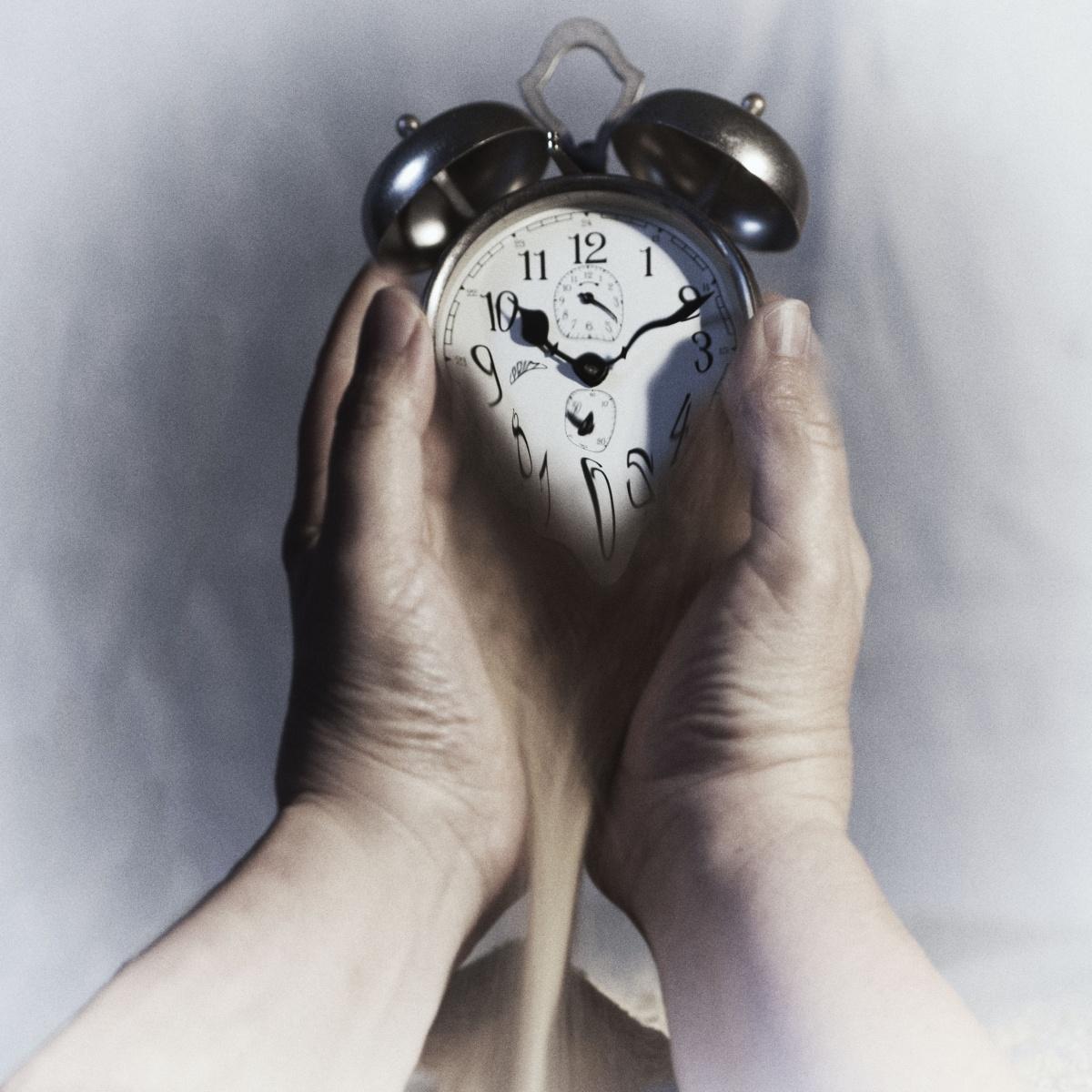 Zeit_verrinnt_end